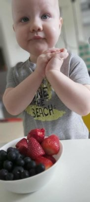 Fresh food for kids and parents