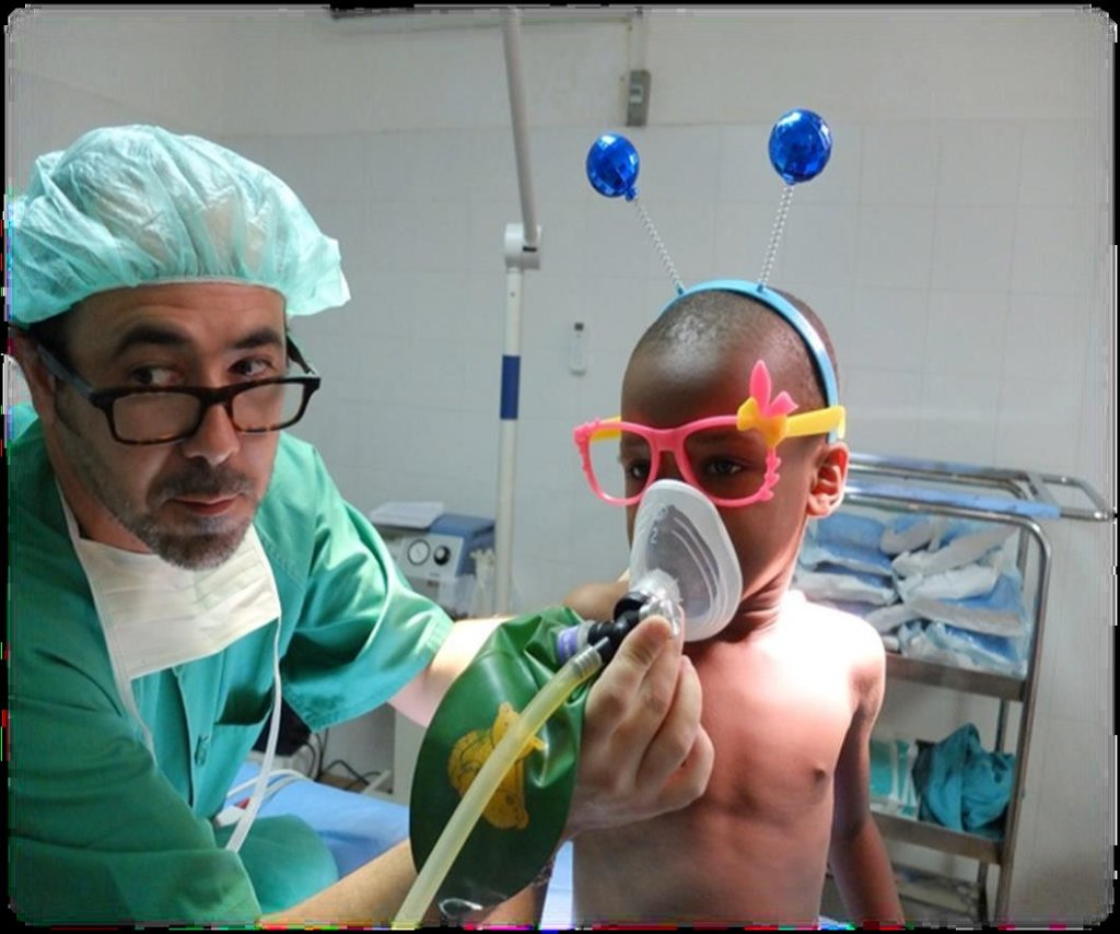 Medical care for 400 children in Equatorial Guinea