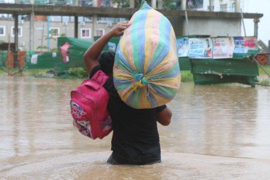 Flooding at M