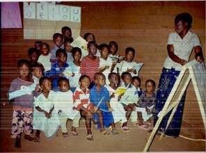 kindergaten pupils in class room