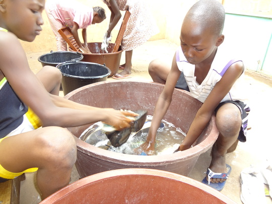 children washing