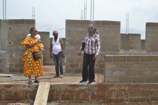 CEO and construction staff at Zorokoro