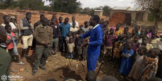 Dowa village training of Trench method