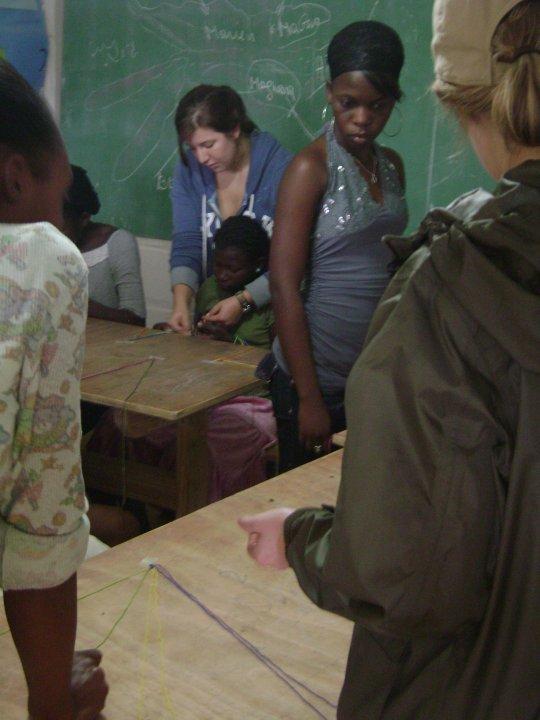 jessica teaching bracelet making