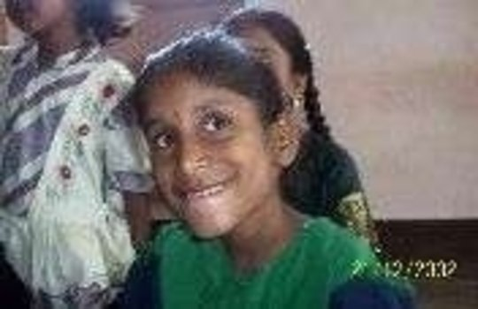 India: Financial support for urban girl's school