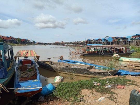 The port at Kompong Khleang