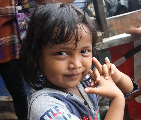 Desti Lives with her Mother at the Jakarta Dump