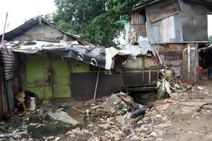 Ibu Salim's Old House  Was Destroyed by Rain