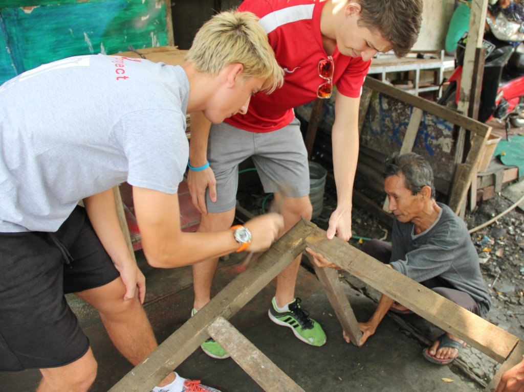 Building the Frame of the Cart