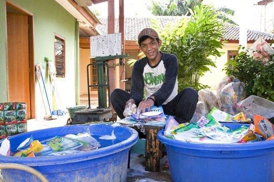 Washing the Plastics