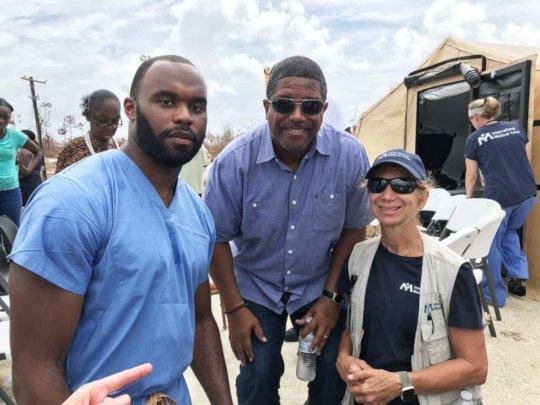 Dr. Myron (l), Deputy PM (c) and ERT lead (r).