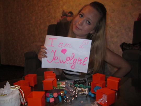A proud Russian JewelGirl learning English!