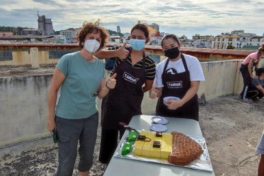 Baking team that made the wonderful cake!