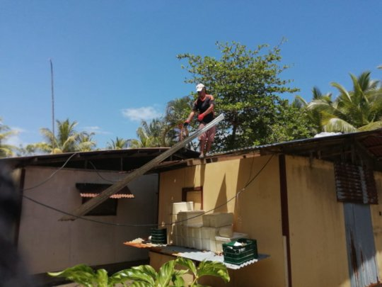 new roof being installed
