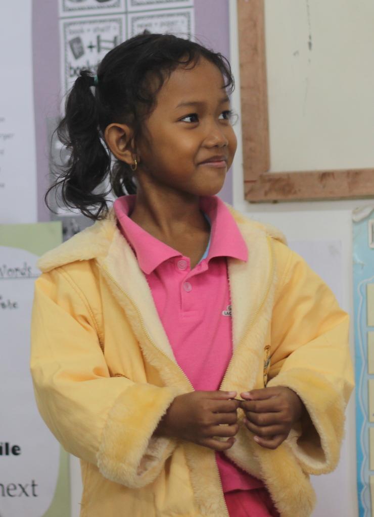 Somalin delivering her poem in Siem Reap