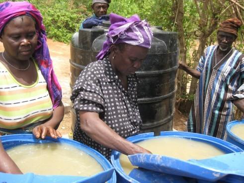 Samata and Kukuna treating water in Cheko