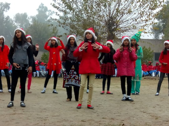 dance tableau by girls