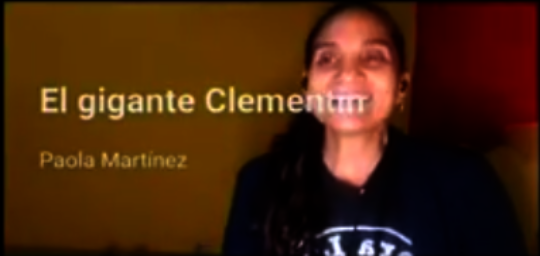 """Paola reading """"El Gigante Clementine"""""""