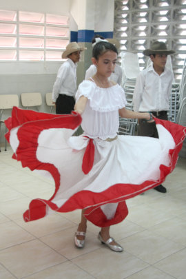 Angelica dancing joropo -folklore- at School