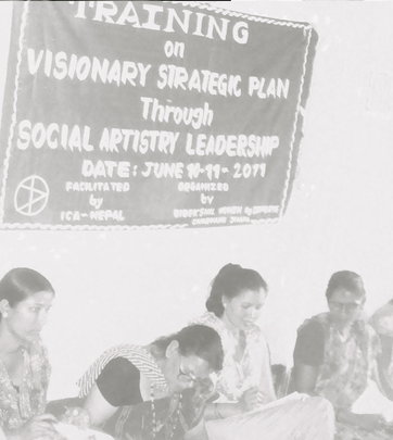 Social Artistry training with women