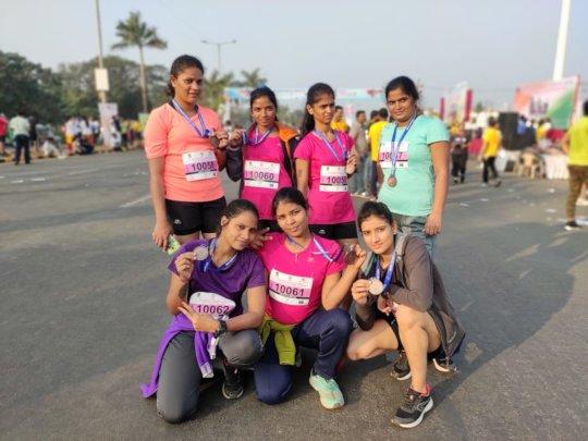 Girls unite to run the Mumbai marathon!