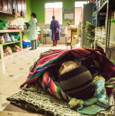 Feed and educate 60 children in El Alto, Bolivia