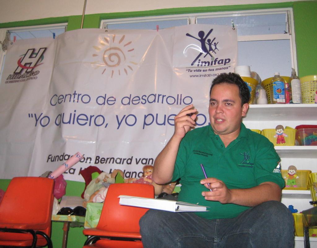 IMIFAP facilitator provides feedback to promoters
