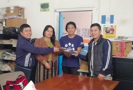 Ismael, Ericka (facilitators) Vicente (tutor)