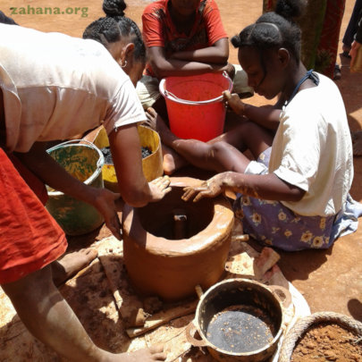 Finishing touches on the improved cookstove