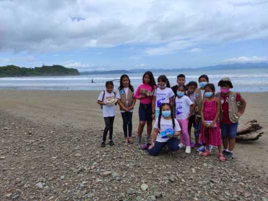 Children on their field trip to the beach