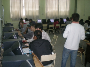 Students in IT computer class