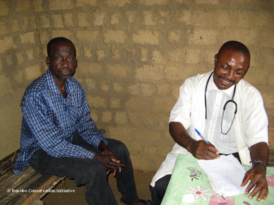 Kokolopori resident visiting the Bonobo Clinic