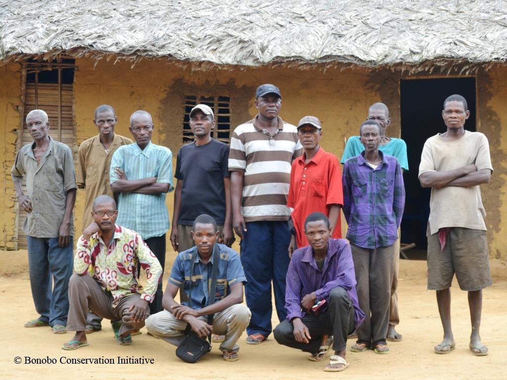 Lilungu community members