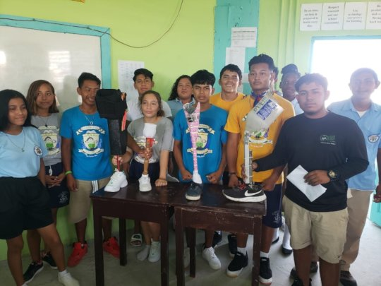 Biology students made prosthetic limbs