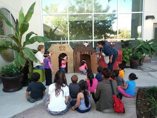 The Three Little Pigs at Educare Arizona!