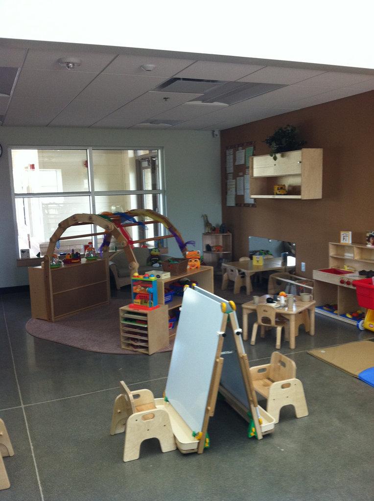 Educare Arizona -a look inside a toddler classroom