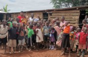 Building kindergarten for 100 kids in Uganda