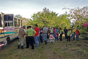 Students arrive at la Reserva