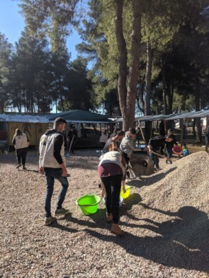 LHR's team & community members in Ritsona Camp