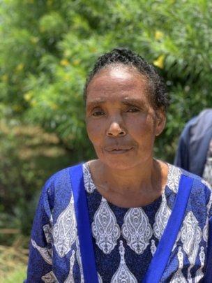 An elderly woman from the Kavwea community