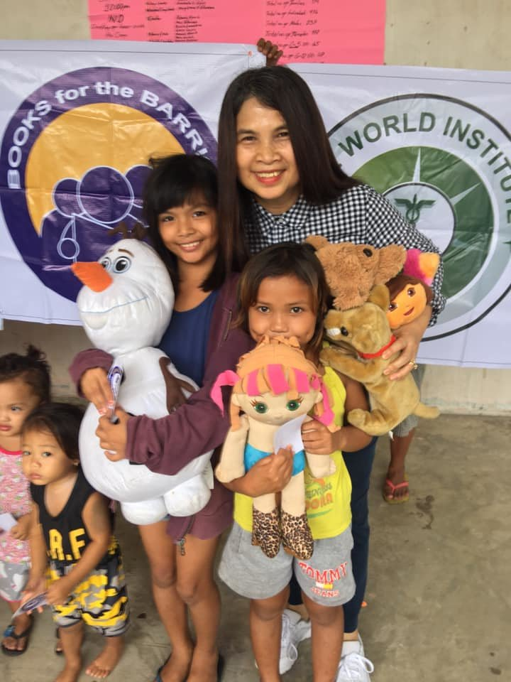 Toys for girls displaced by earthquakes, Davao