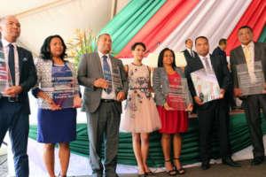 All 6 CSB awards - Fiadanana to the right