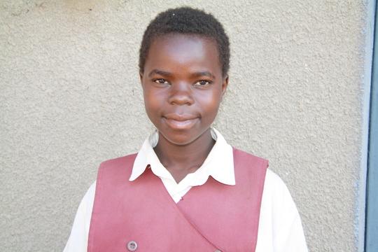Nalunga Achan - Needs help to in school!