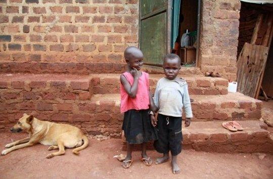 South Sudanese refugee children