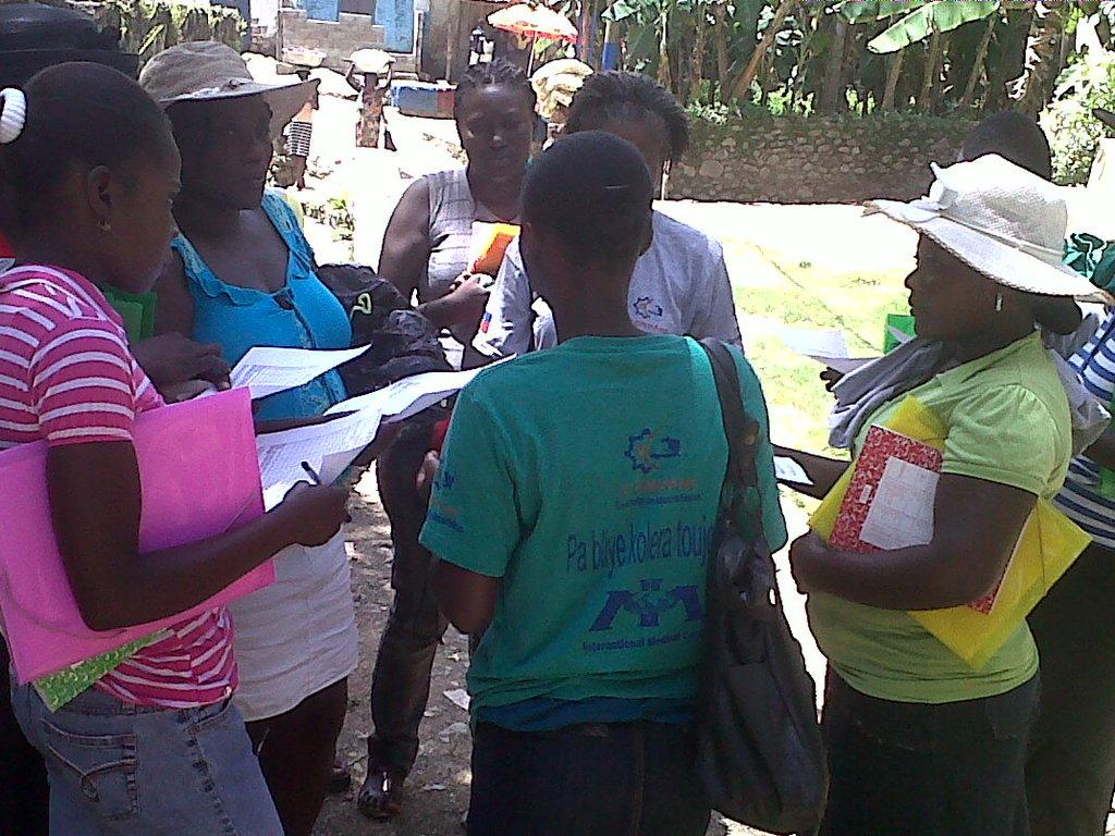 Going door-to-door to teach cholera prevention