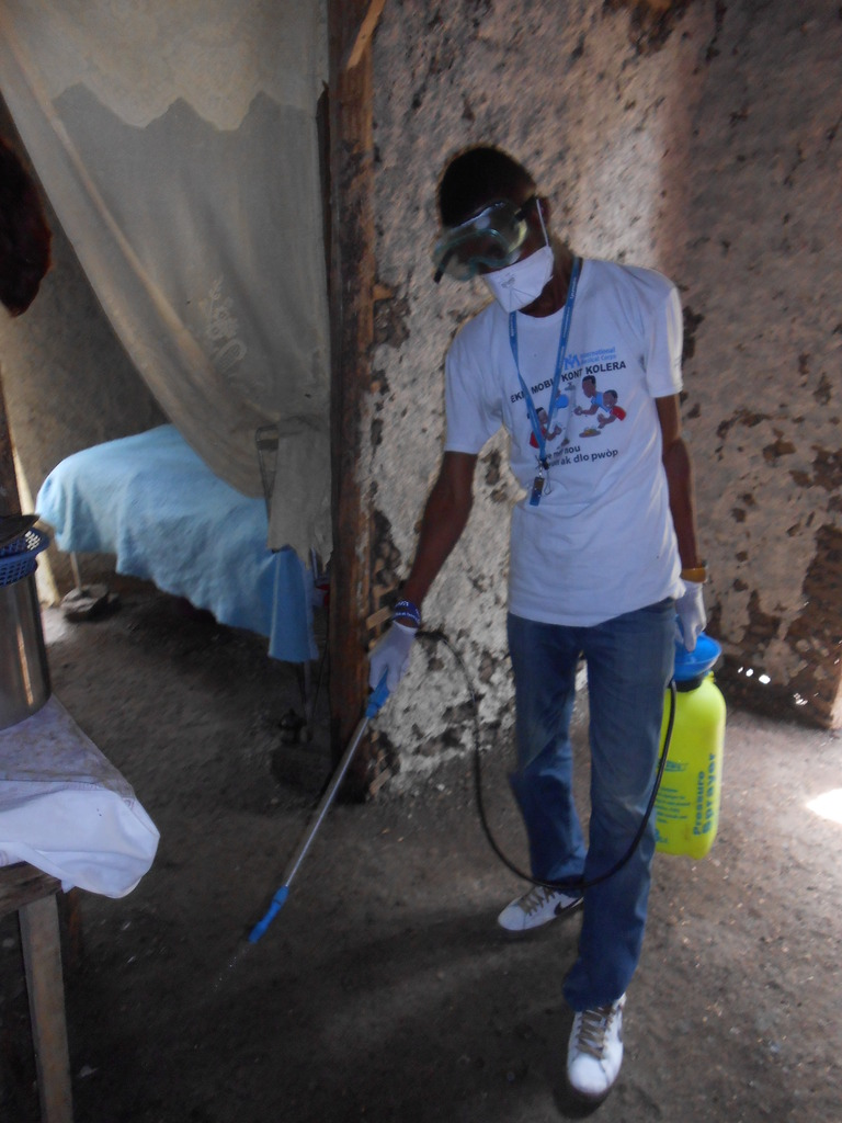 Sanitizing a home that experienced a cholera case