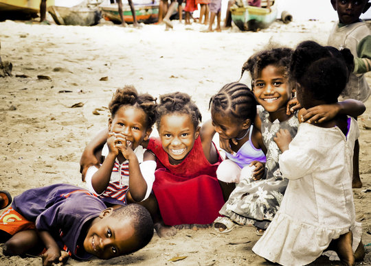 Provide medical care to Haiti - Give Relief
