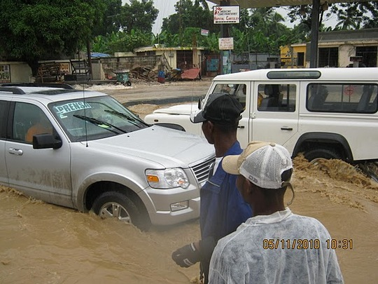 Leogane after Tomas - Waves in the Streets