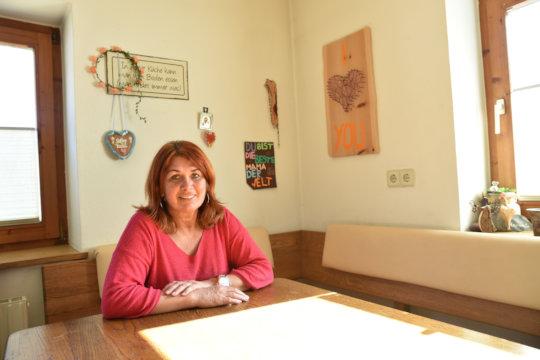 Manuela received COVID-19 emergency aid by Caritas