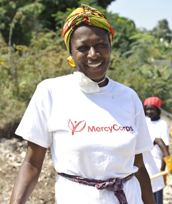 Cash for Work. Miguel Samper for Mercy Corps